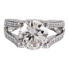 3.90 Carat Centre Solitaire Diamond Ring with Split Shank