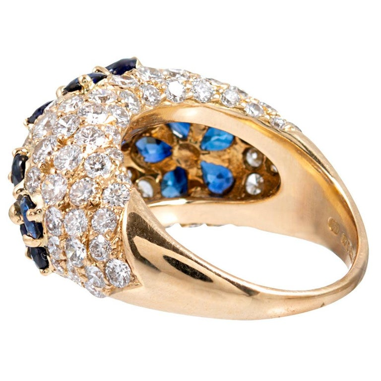 Sapphire and Diamond Flower Motif Dome Ring, Signed Graff In Good Condition For Sale In Carmel-by-the-Sea, CA