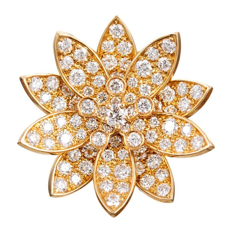 """Diamond """"Lotus"""" Enhancer Pendant, Signed """"Van Cleef & Arpels"""" In Good Condition For Sale In Carmel-by-the-Sea, CA"""