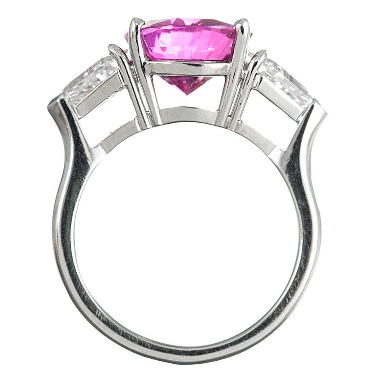 Women's 5.54 Carat Intense Pink Sapphire and Shield Diamond Ring For Sale