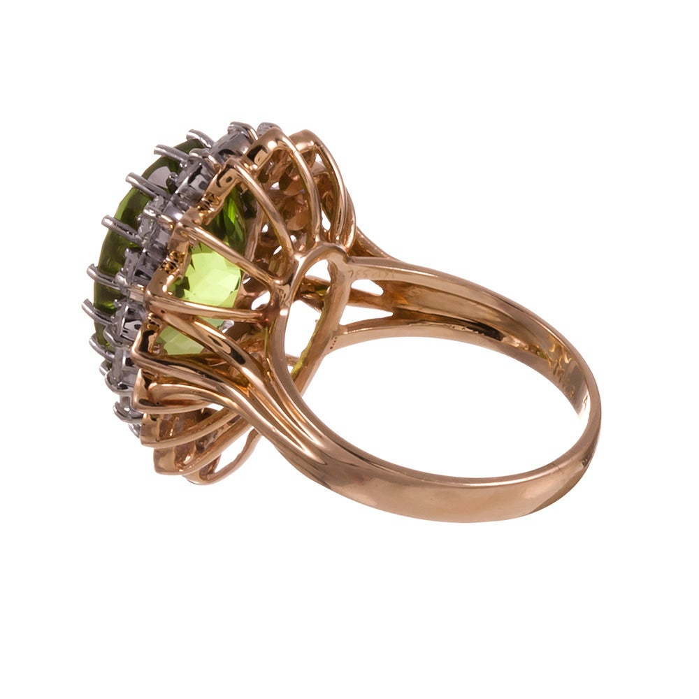9.50 Carat Pear Shaped Peridot Diamond Cluster Ring In Excellent Condition For Sale In Carmel-by-the-Sea, CA