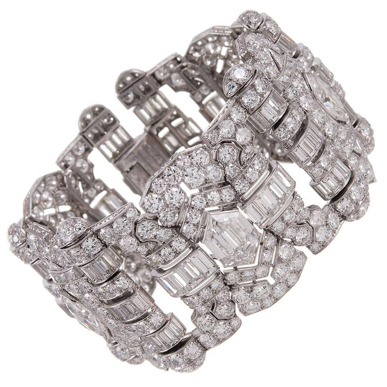 Breathtaking Art Deco 55 Carat Diamond Platinum Bracelet For Sale