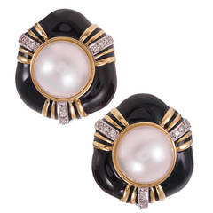 1980s Enamel Mabe Pearl Gold Earrings