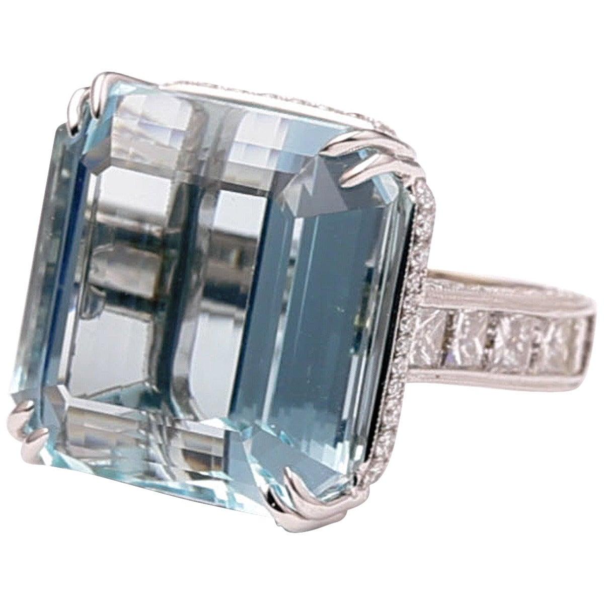38.57 Carat Aquamarine Diamond Gold Cocktail Ring For Sale