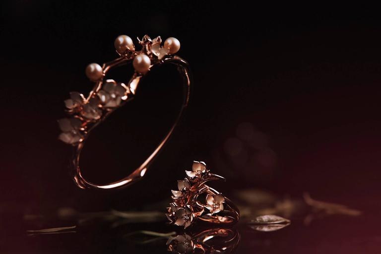Shaun Leane Cherry Blossom Cuff in Rose Gold Vermeil with Diamonds In As New Condition For Sale In London, GB