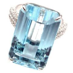 Large Aquamarine Diamond Gold Ring