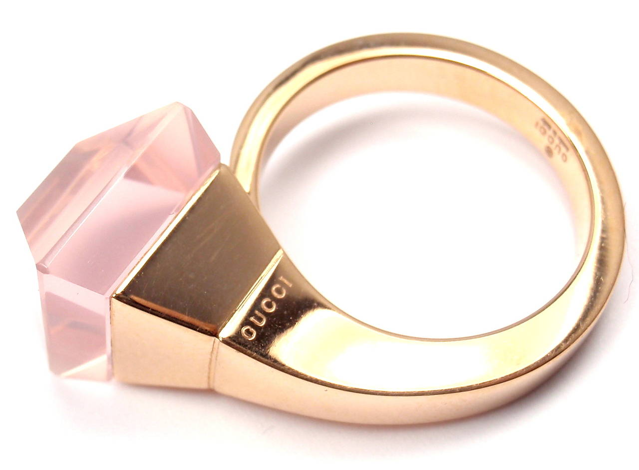 Gucci Pink Quartz French Horn Rose Gold Band Ring For Sale 1