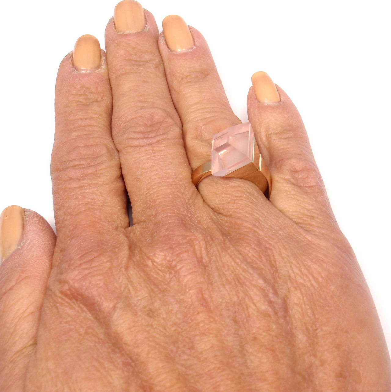 Gucci Pink Quartz French Horn Rose Gold Band Ring For Sale 5