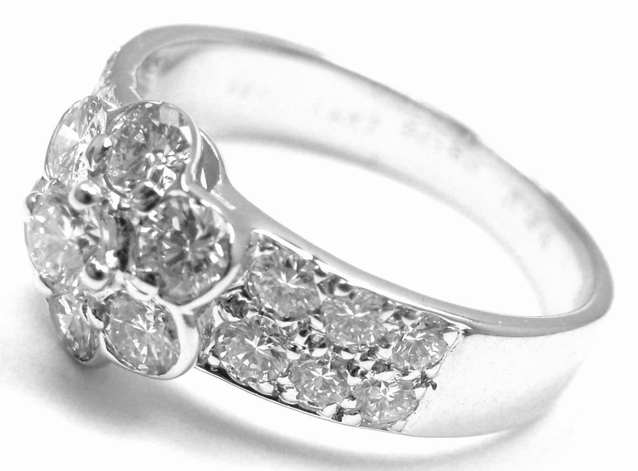 Van Cleef & Arpels Diamond Fleurette Flower Gold Ring 3