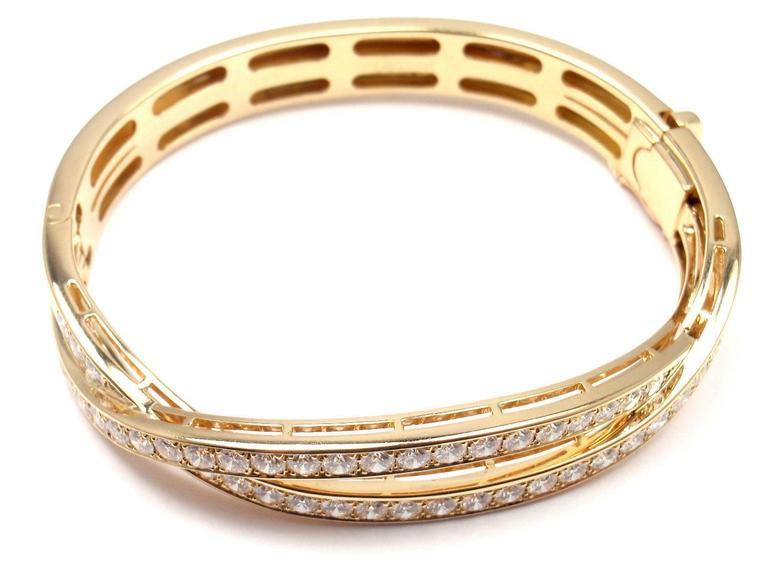 Van Cleef & Arpels Diamond Gold Bangle Bracelet For Sale 2