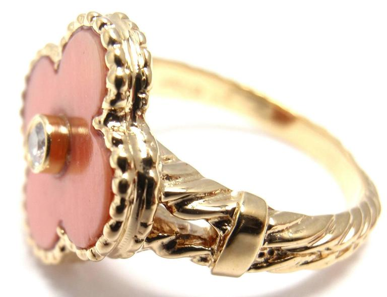 Van Cleef & Arpels Vintage Alhambra Coral Diamond Gold Ring In New Condition For Sale In Holland, PA