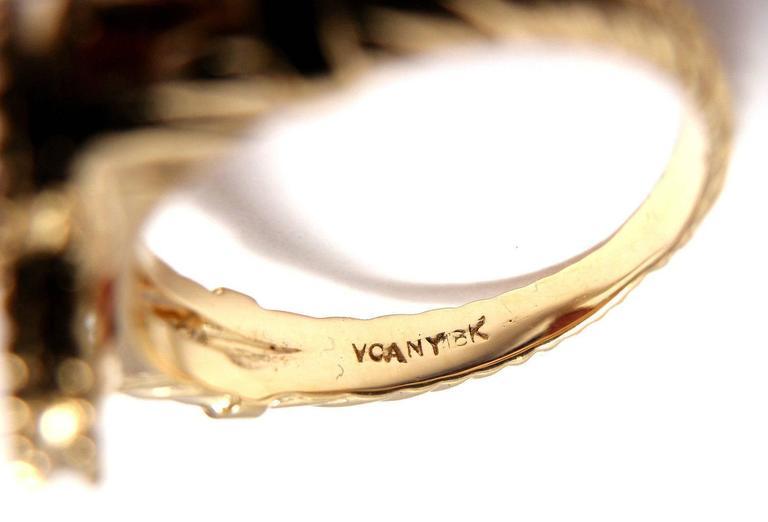 Van Cleef & Arpels Vintage Alhambra Coral Diamond Gold Ring For Sale 5