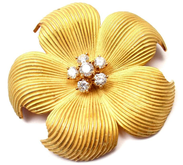 5f26cd745e340 Tiffany & Co. Diamond Gold Dogwood Flower Pin Brooch
