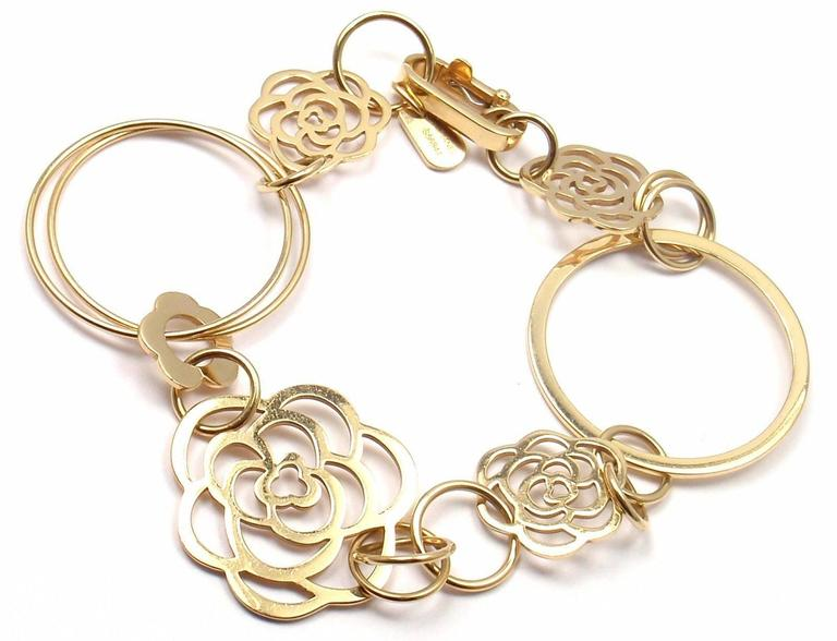 Chanel Camélia Camellia Sautoir Flower Link Yellow Gold Bracelet In As new Condition For Sale In Southampton, PA
