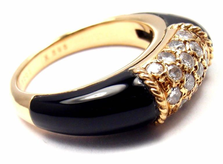 Women's or Men's Van Cleef & Arpels Black Onyx Diamond Yellow Gold Band Ring For Sale