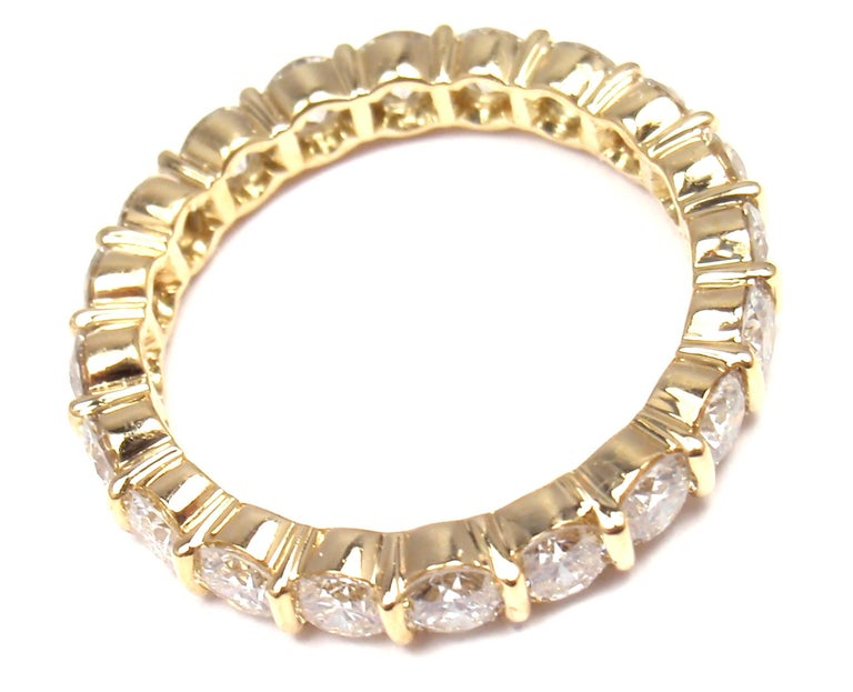 Tiffany & Co. Diamond Eternity Yellow Gold Wedding Band Ring In As New Condition For Sale In Southampton, PA