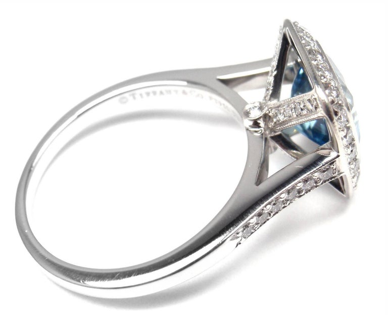 Women's or Men's Tiffany & Co. Legacy Diamond 2.07 Carat Aquamarine Platinum Ring For Sale