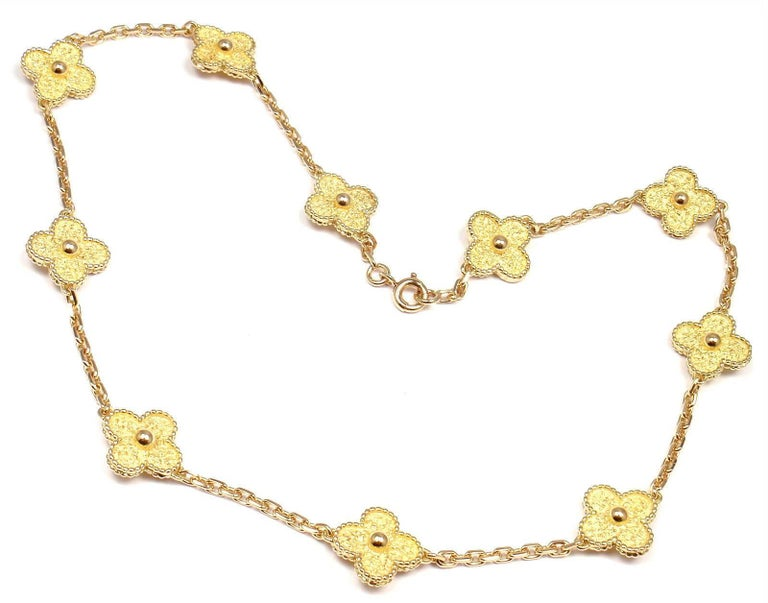 Van Cleef & Arpels Vintage Alhambra Ten Motif Gold Necklace In As new Condition For Sale In Southampton, PA