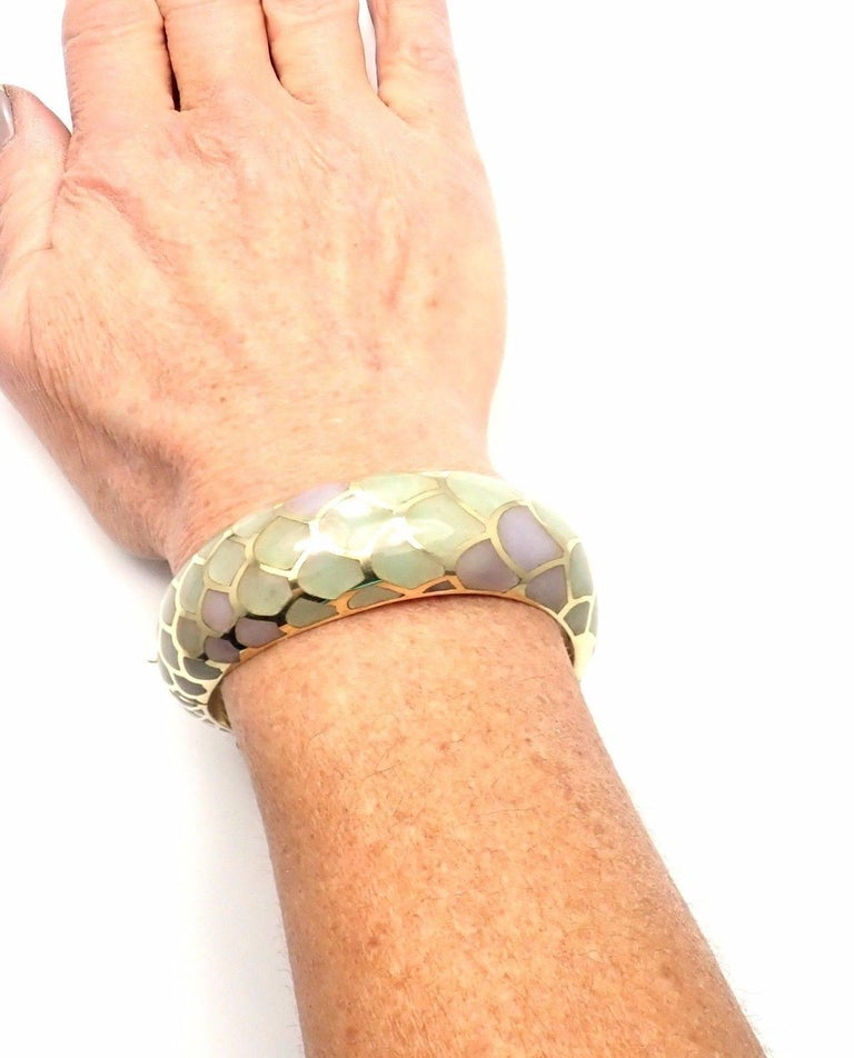 Angela Cummings Purple and Green Jade Snakeskin Yellow Gold Bangle Bracelet For Sale 3