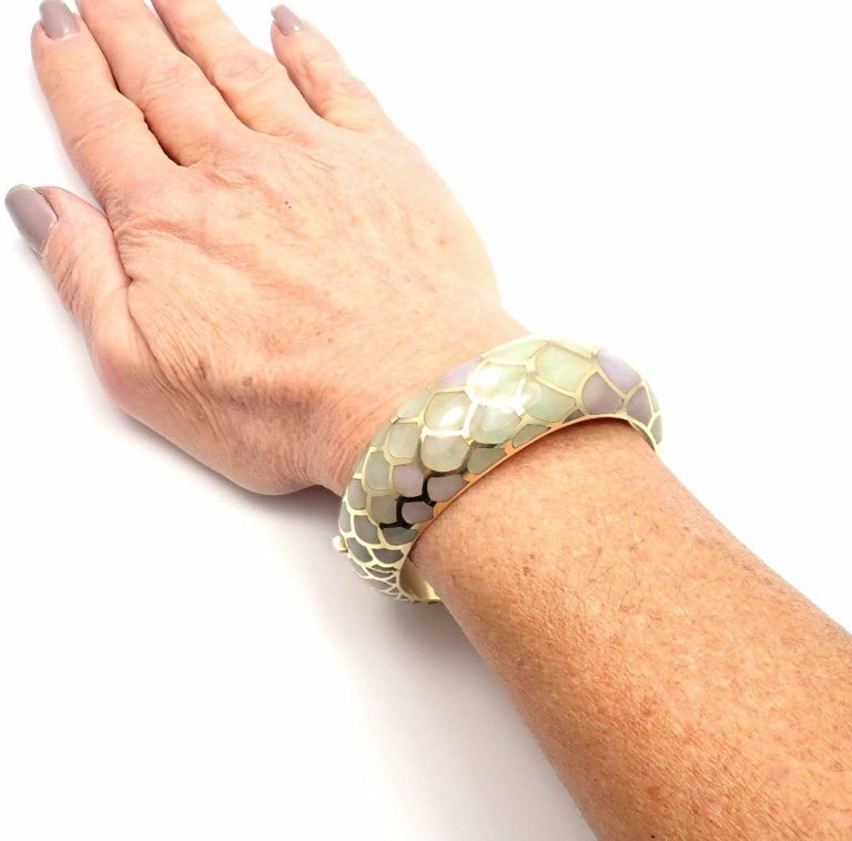 Angela Cummings Purple and Green Jade Snakeskin Yellow Gold Bangle Bracelet For Sale 4
