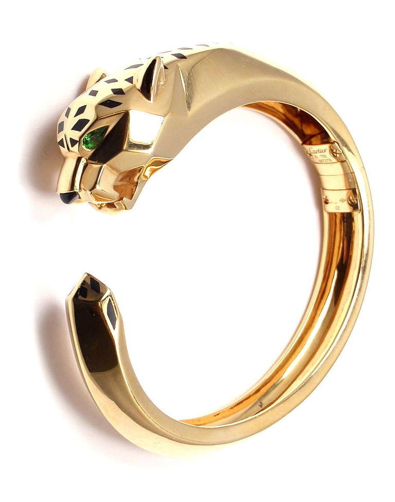 CARTIER Panther Tsavorite Onyx Lacquer Yellow Gold Bangle Bracelet In New  Condition For Sale In Southampton