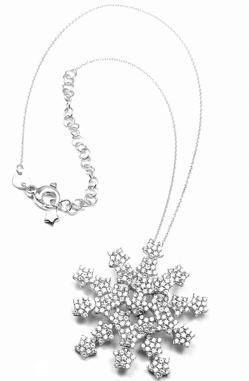Pasquale Bruni 4.35 Carat Diamond Gold Snow Flake Necklace In As New Condition For Sale In Southampton, PA