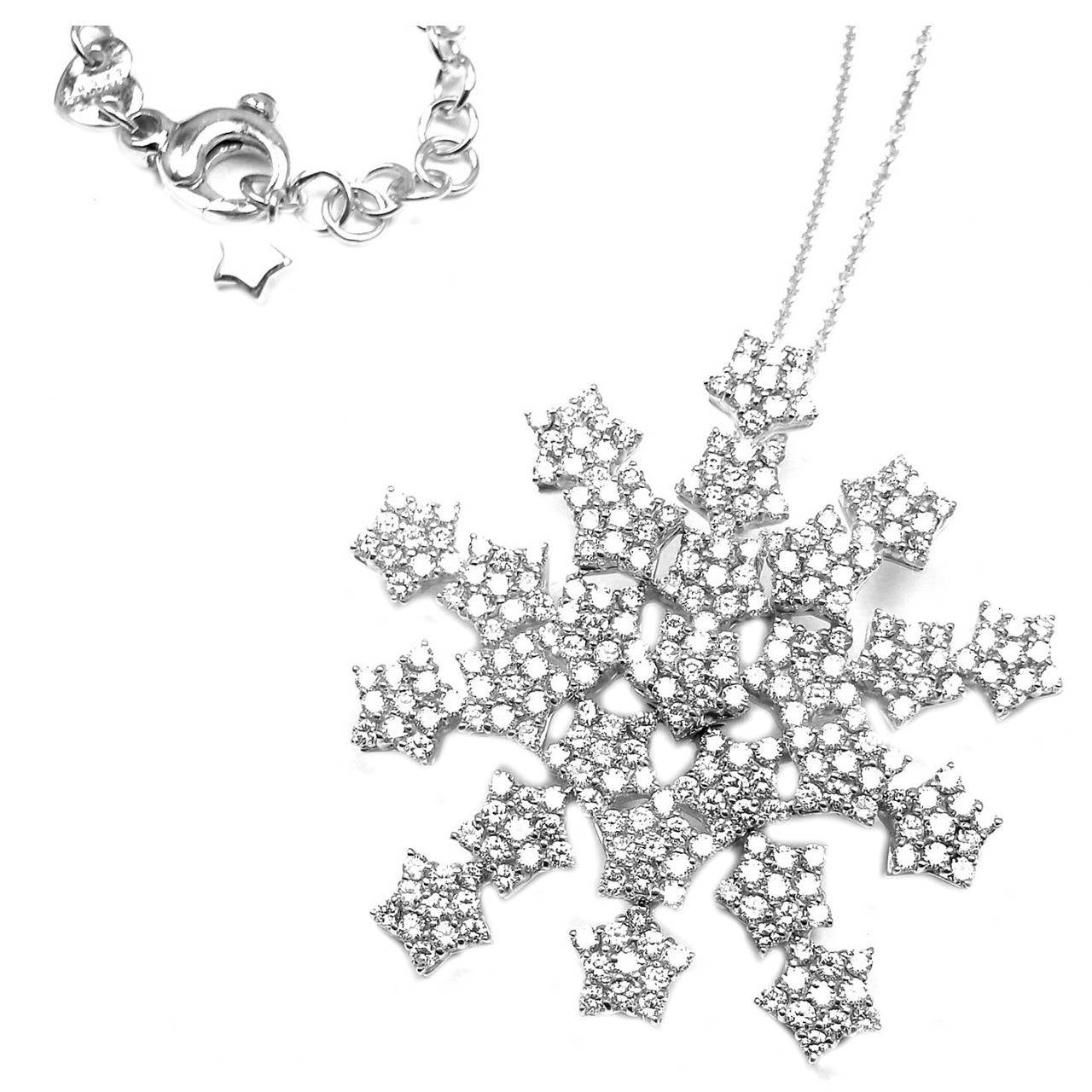 Pasquale Bruni 4.35 Carat Diamond Gold Snow Flake Necklace For Sale