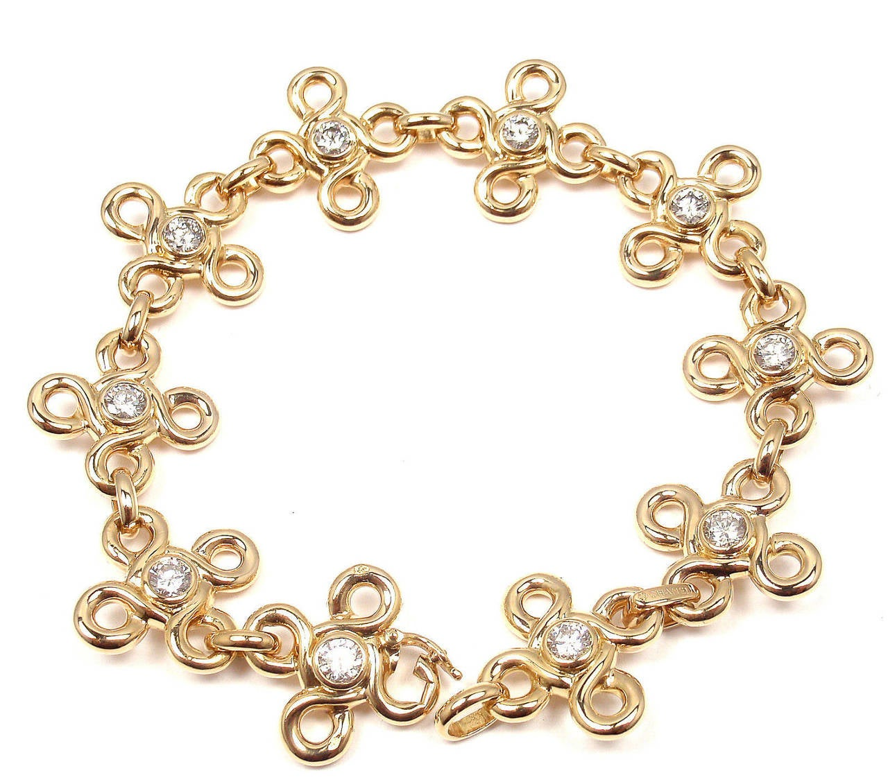 Chanel Diamond Gold Link Bracelet For Sale 1