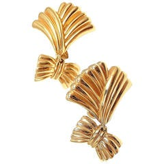 Van Cleef & Arpels Gold Dangle Earrings