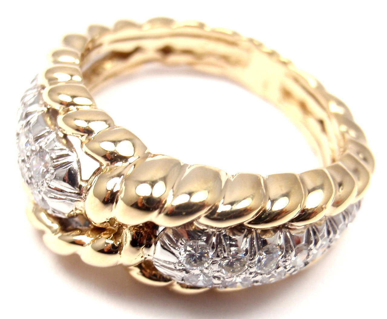 Van Cleef & Arpels Diamond Gold Band Ring In As new Condition For Sale In Southampton, PA