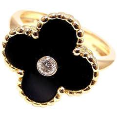 Van Cleef & Arpels Alhambra Black Onyx Diamond Yellow Gold Ring