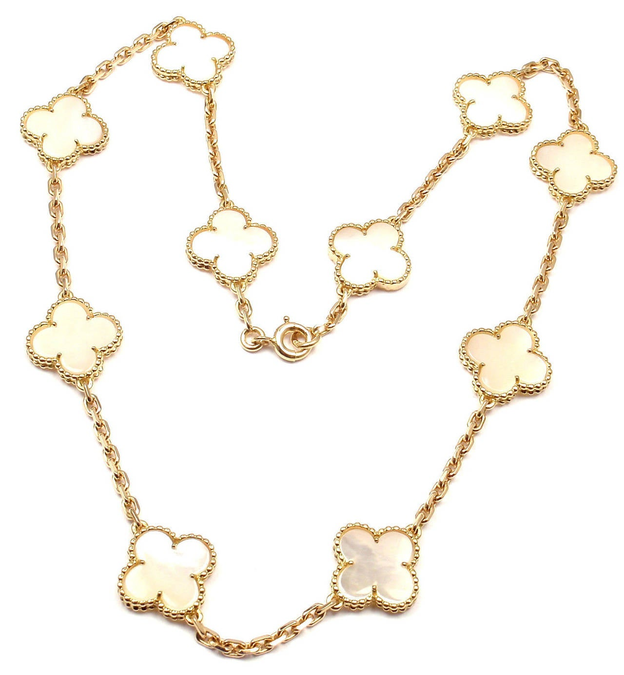 Van Cleef & Arpels Mother Of Pearl Vintage Alhambra Yellow Gold Necklace 2