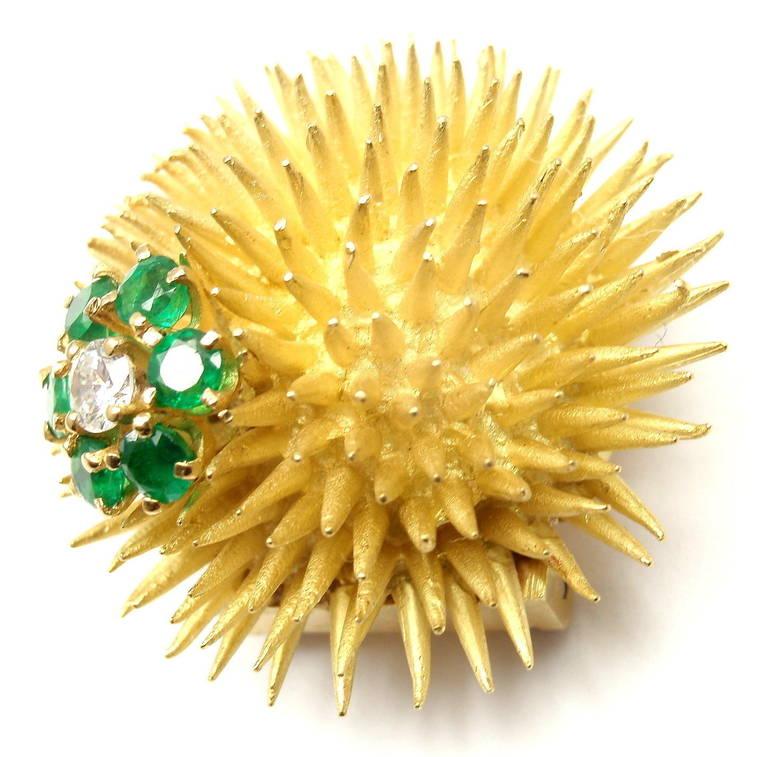 Tiffany & Co. Emerald Diamond Yellow Gold Sea Urchin Pin Brooch For Sale 1