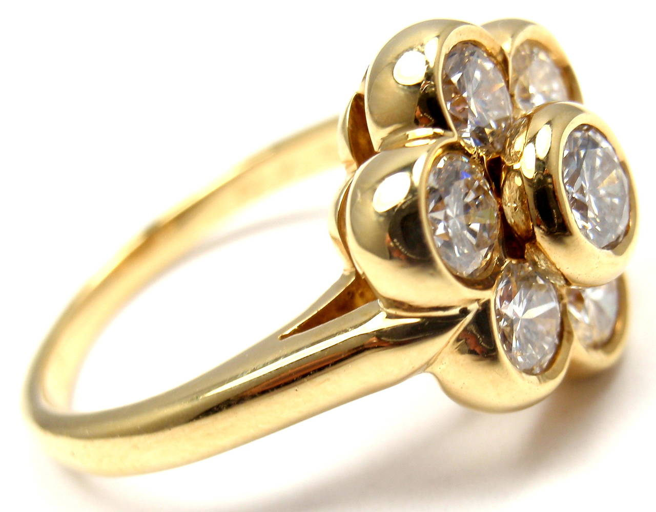 18k Yellow Gold Diamond Fleurette Flower Ring by Van Cleef & Arpels. 