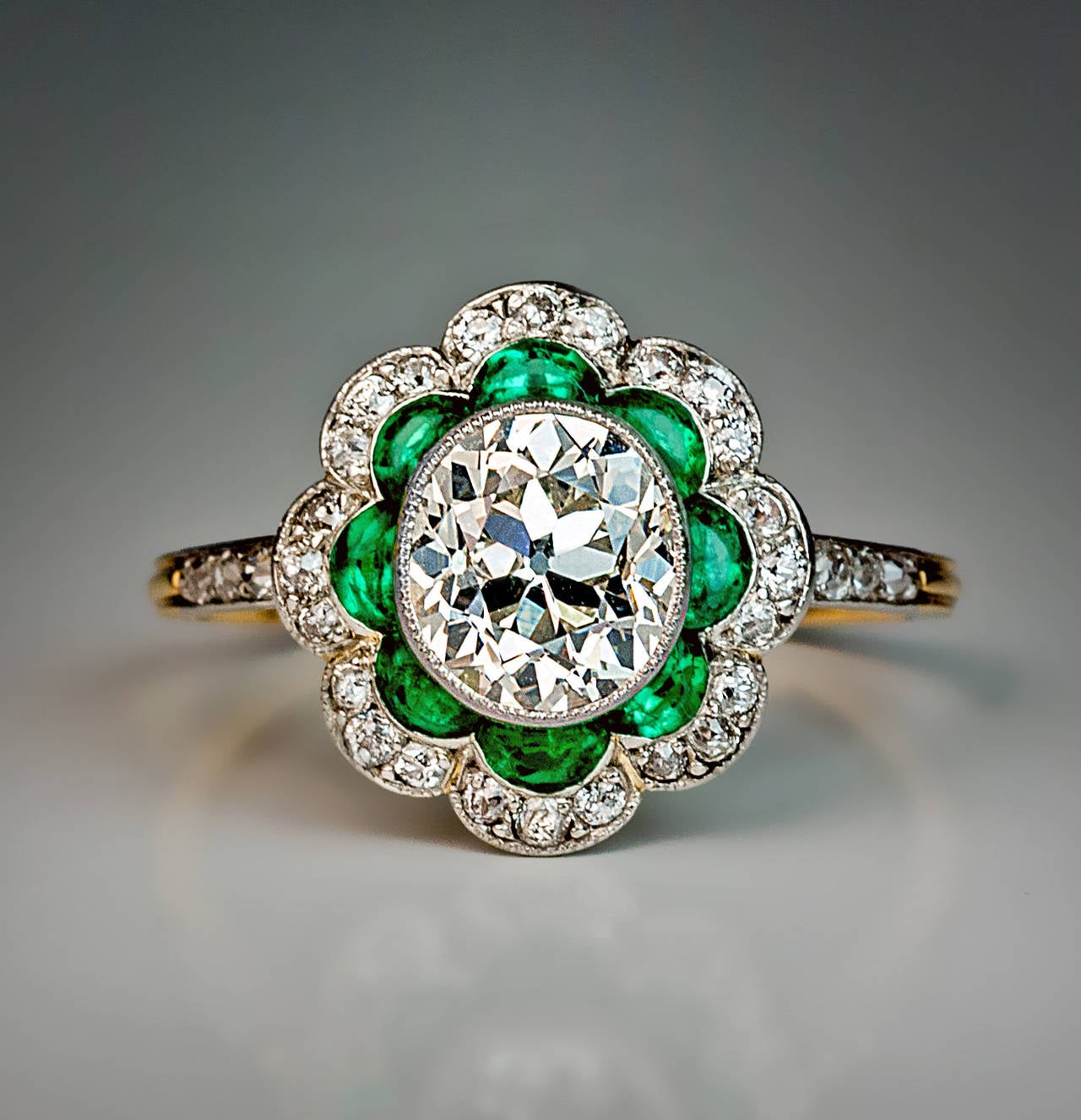 1920s Art Deco Emerald Diamond Platinum Engagement Ring 5