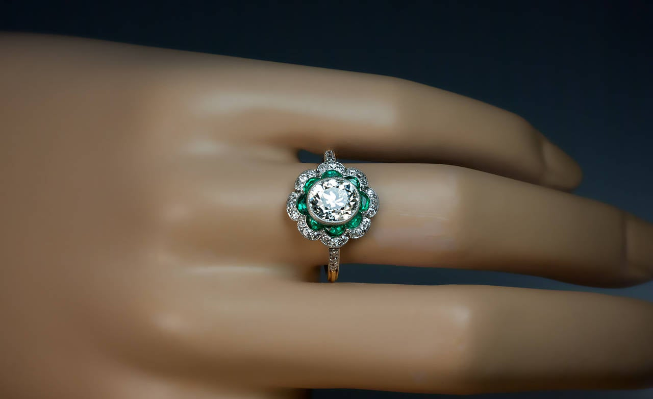 1920s Art Deco Emerald Diamond Platinum Engagement Ring 2