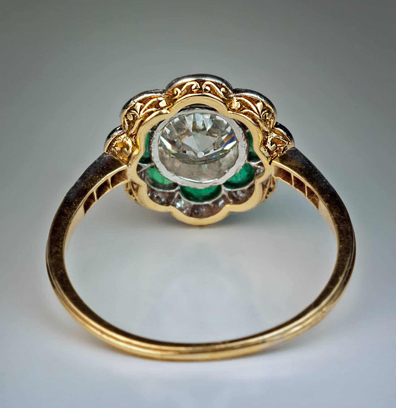 Women's 1920s Art Deco Emerald Diamond Platinum Engagement Ring For Sale