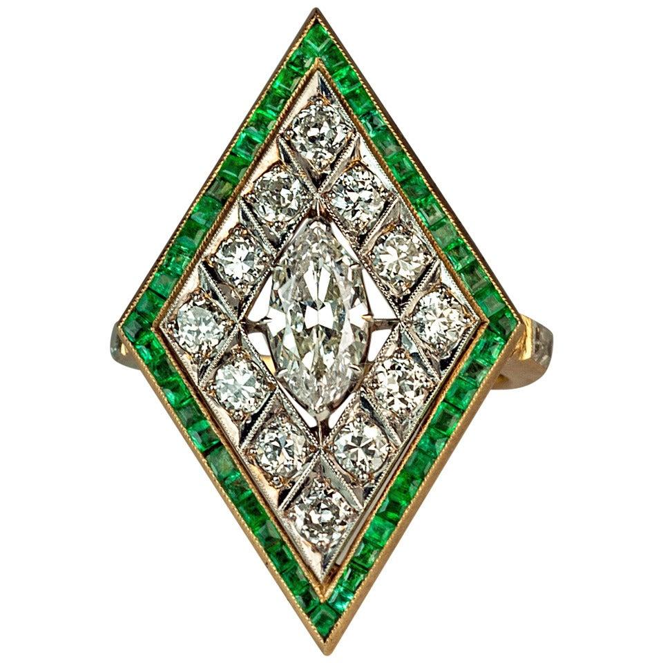 Art Deco Rhombus Shaped Diamond Emerald Gold Ring For Sale