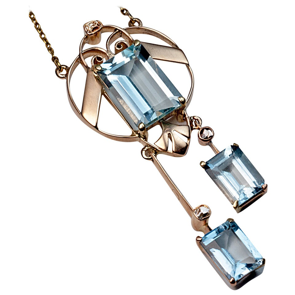 Early Art Deco Russian Aquamarine Gold Necklace 1