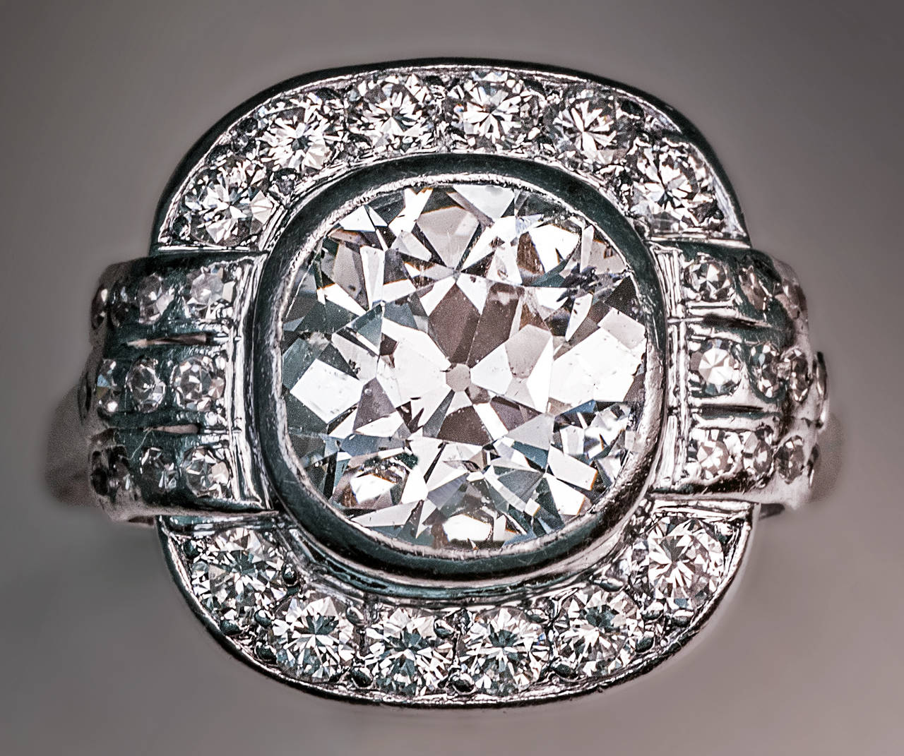 Art Deco 2.91 Carat Diamond Platinum Engagement Ring 5