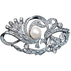 Pearl Diamond Platinum Brooch C1920