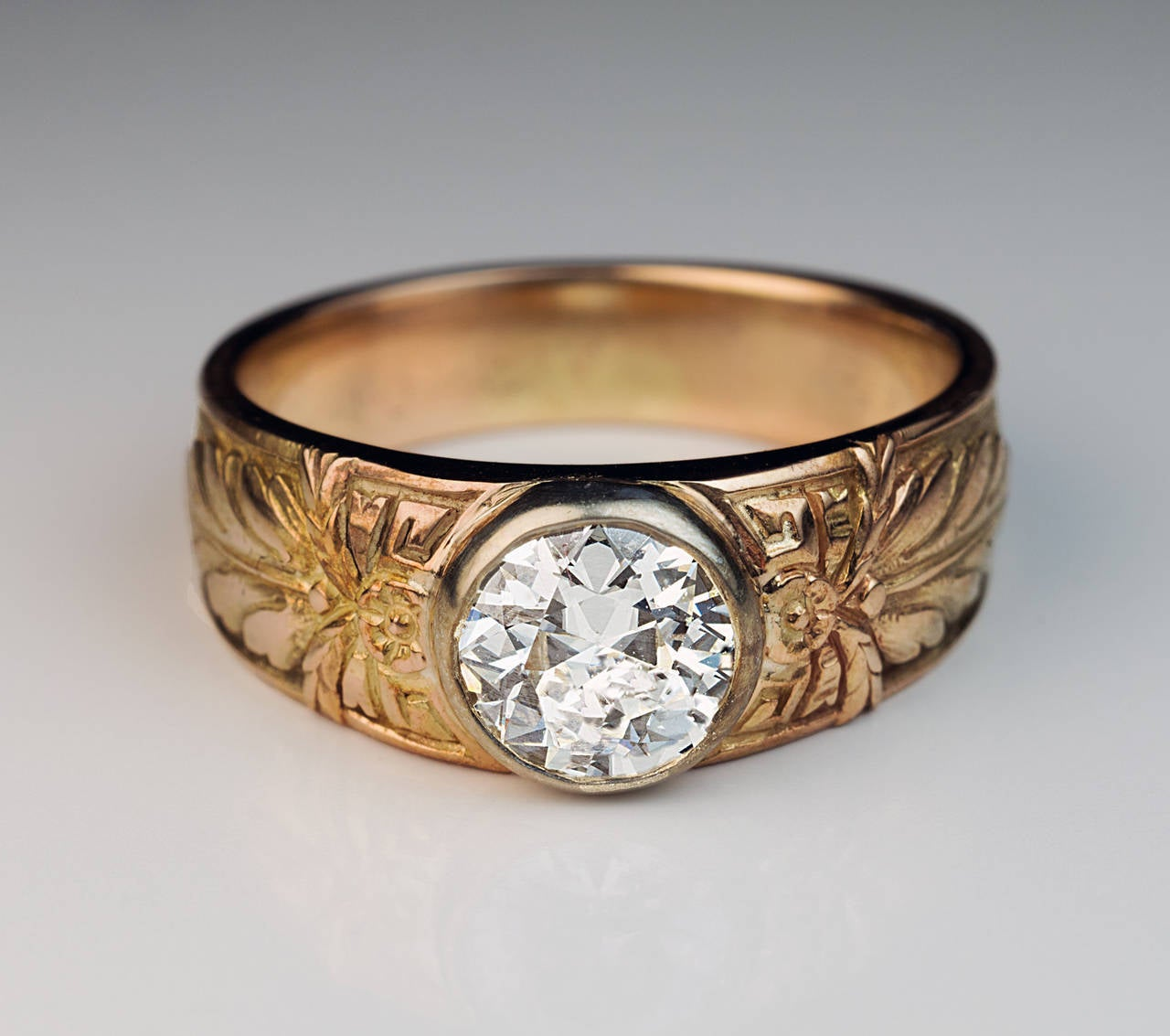 Antique Russian 1 Carat Diamond Gold Men's Ring For Sale 3