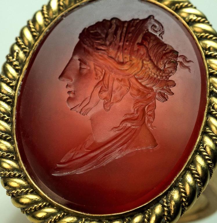 Neoclassical Napoleonic Era Antique Intaglio Gold Signet Ring For Sale