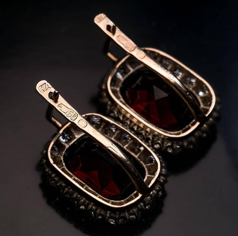 Antique Garnet Diamond Gold Cluster Earrings 4