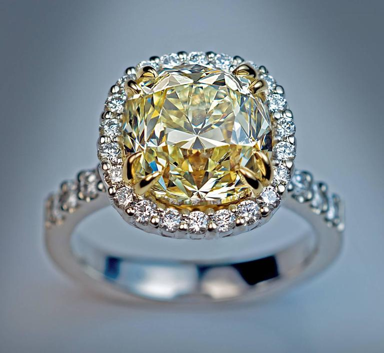 5.37 Carat Fancy Light Yellow Old Cushion Cut Diamond Engagement Ring In  New Condition For Sale d12bd64eb