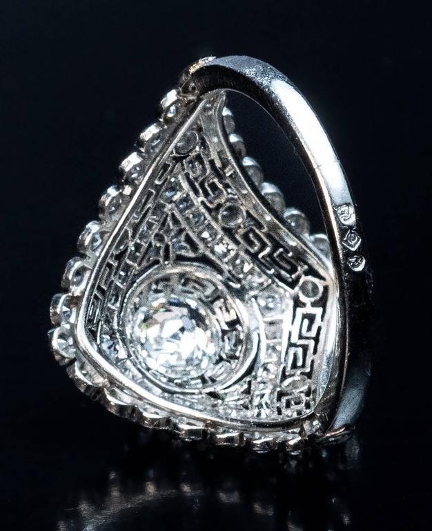 Women's Art Deco Diamond Platinum Engagement Ring For Sale