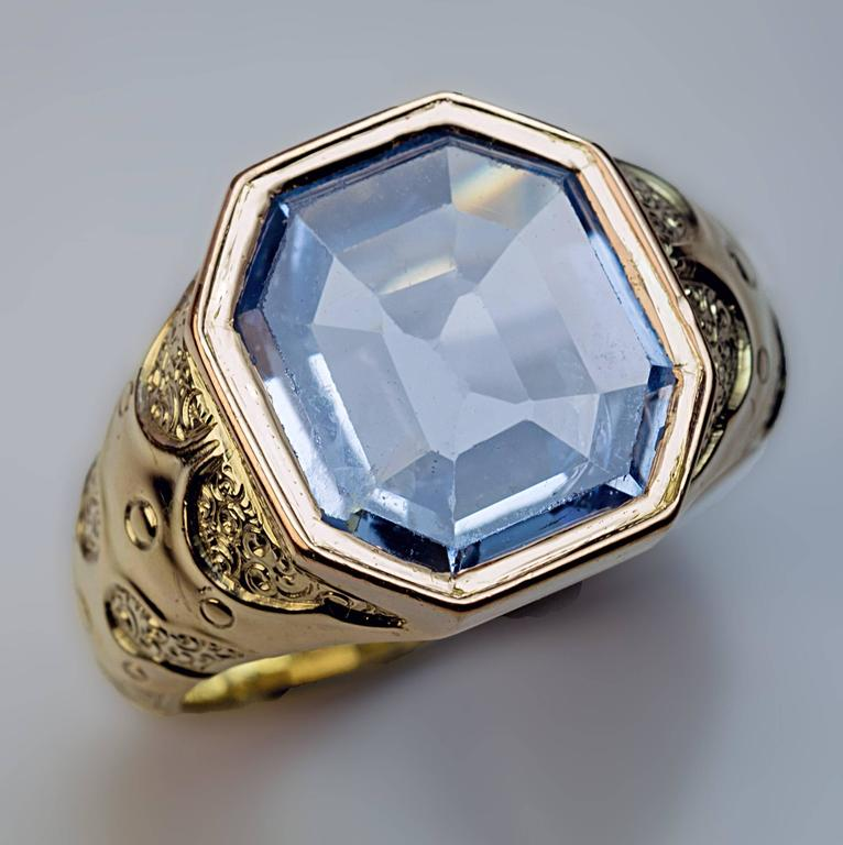 1870s antique russian sapphire gold men 39 s ring at 1stdibs. Black Bedroom Furniture Sets. Home Design Ideas