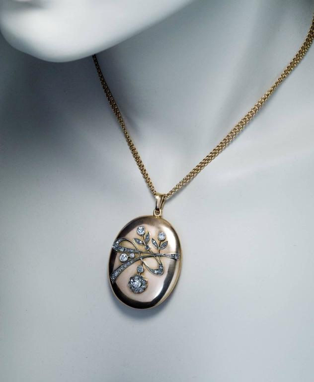 Art Nouveau Antique Diamond Gold Locket Pendant In Excellent Condition For Sale In Chicago, IL