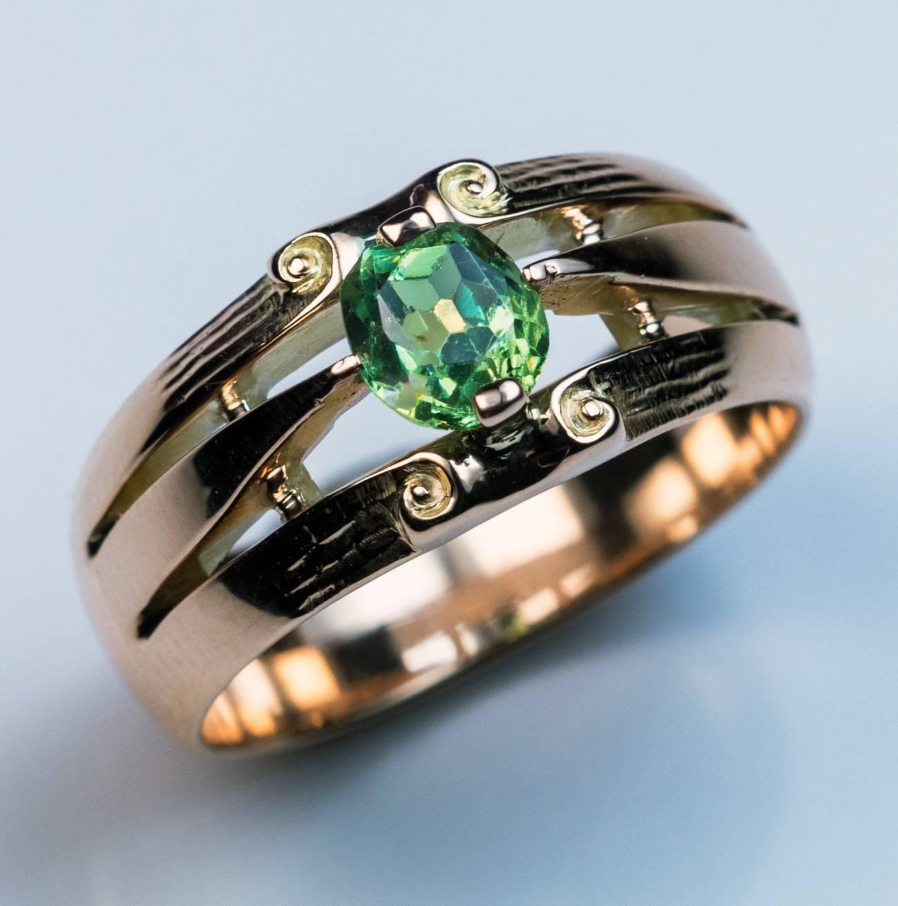 Garnet Vintage Engagement Rings
