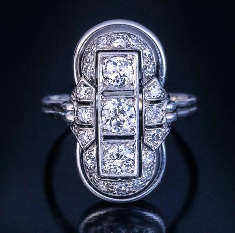 Art Deco Platinum Diamond Ring 1930s 3